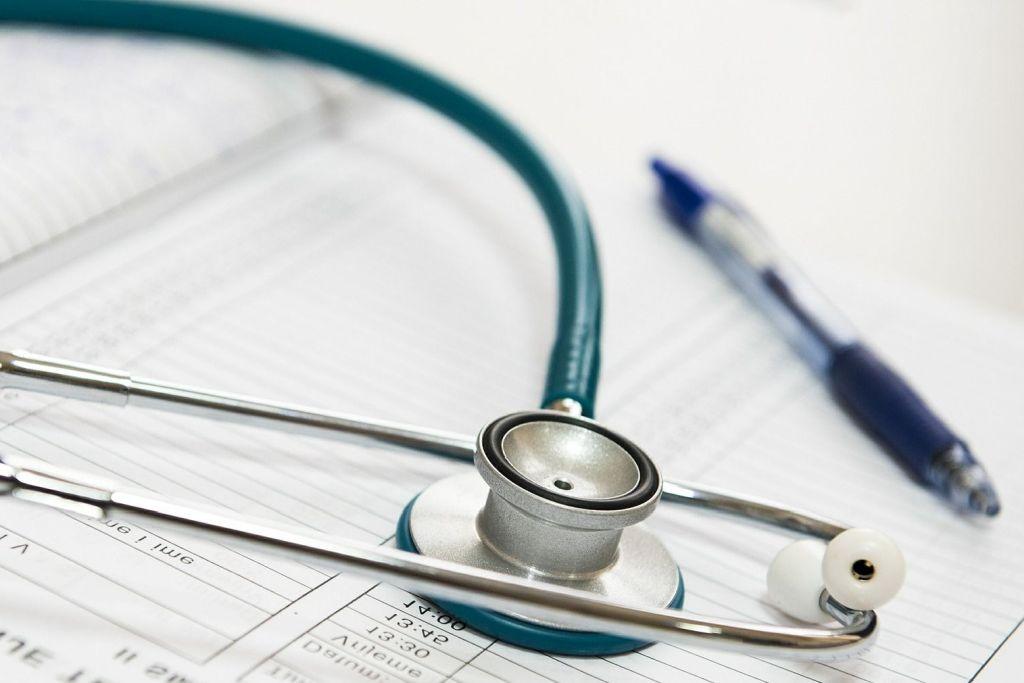 Medyczne wskazania dodokarmiania niemowląt