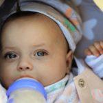 Żywienie niemowląt karmionych sztucznie wIpółroczu życia